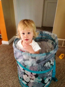 rossi laundry basket 1